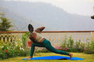 woman doing yoga during daytime